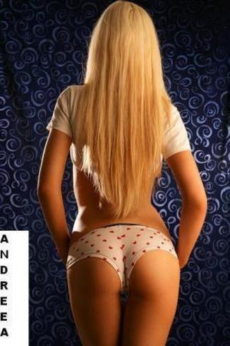 Blonda foarte frumoasa, educata si pasionala