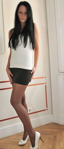 ALINA, maseuza noua in zona, 23 ani, cu bun simt si discreta
