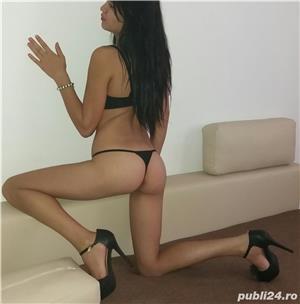Bruneta tha Sexy noua in zona👄👄👄